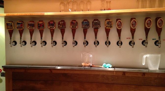 静岡県のアイリッシュパブ: Beer House Tirnan-Og、浜松市(Matthew Davis・マシュー・デービスさんの記事!)!